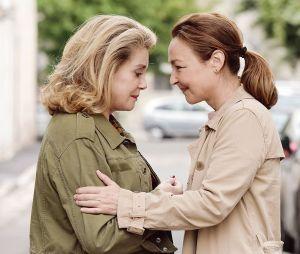 Catherine Deneuve et Catherine Frot dans le film Sage Femme