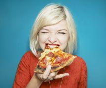 Manger de la pizza nous rendrait plus productive au boulot