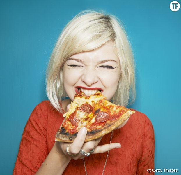 Selon une étude, manger de la pizza nous rendrait plus productive au boulot