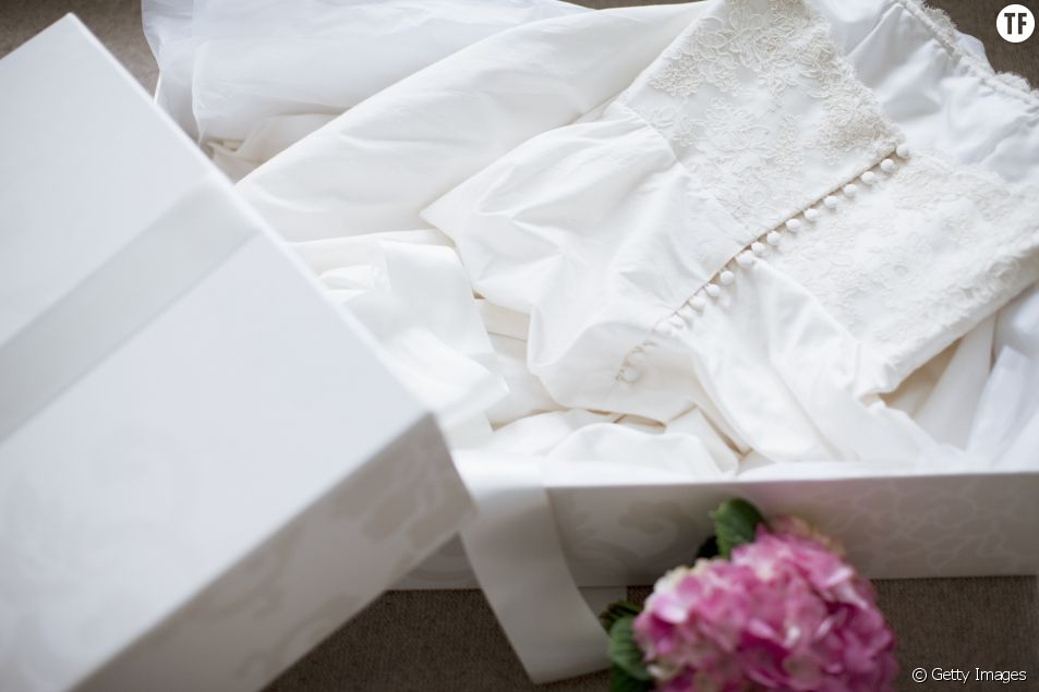 Pourquoi cette robe de mariée sera portée par 12 femmes différentes
