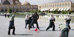 Les Iraniennes montent au créneau pour enfin accéder aux stades de foot