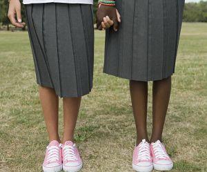 Cette école donne des cours de port de talons aux jeunes filles