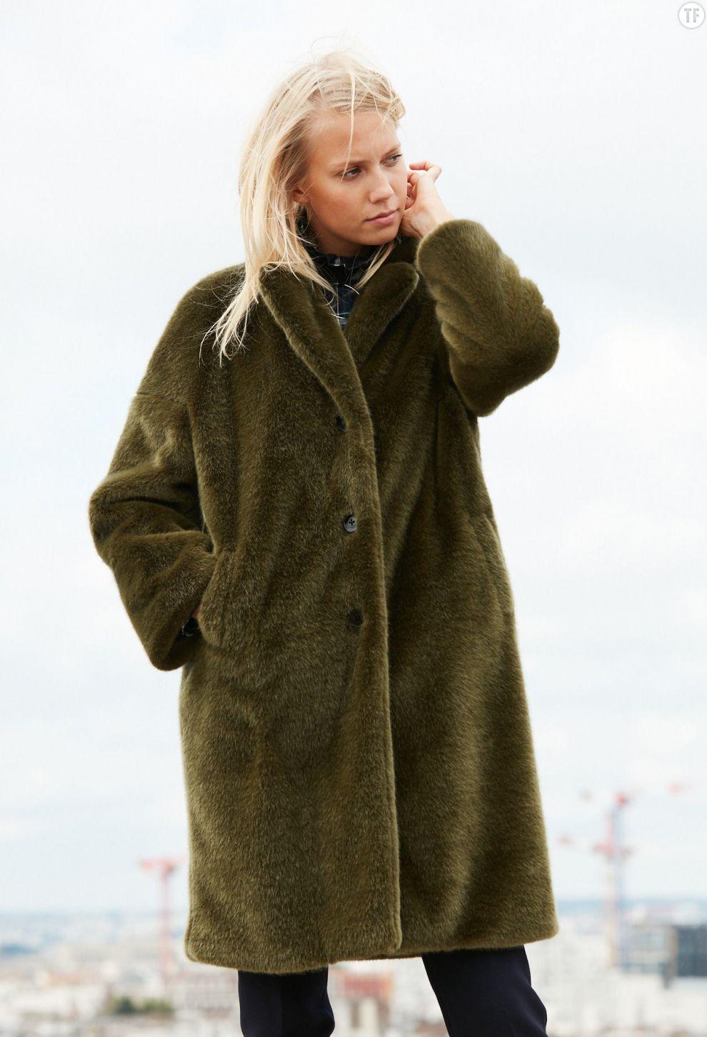 Manteau long en fourrure synthétique Claudie Pierlot, 395€
