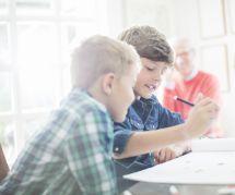 Le premier manuel scolaire en écriture inclusive divise l'opinion