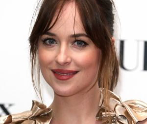 Frange rideau : Dakota Johnson