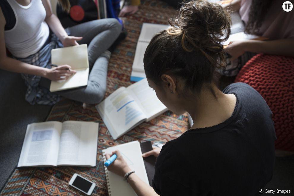 Une pub en Belgique encourage les étudiantes à se prostituer