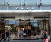 Des ouvriers turcs non payés de Zara glissent un appel au secours dans les vêtements