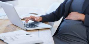 """Selon cette """"experte"""" en fertilité, les femmes qui veulent faire carrière ne tombent pas enceintes"""