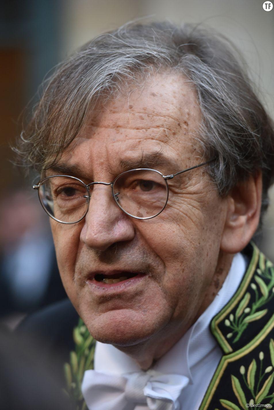 Alain Finkielkraut : pourquoi sa théorie du complot sur #balancetonporc ne passe pas