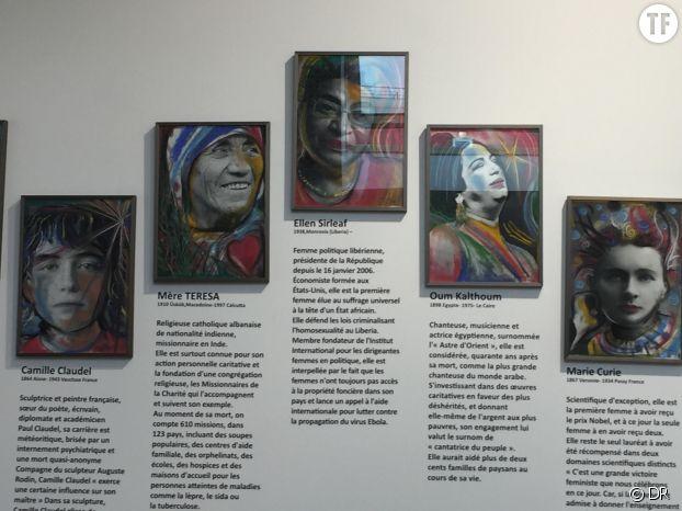 Des portraits de femmes inspirantes décorent les murs de la Maison des Femmes