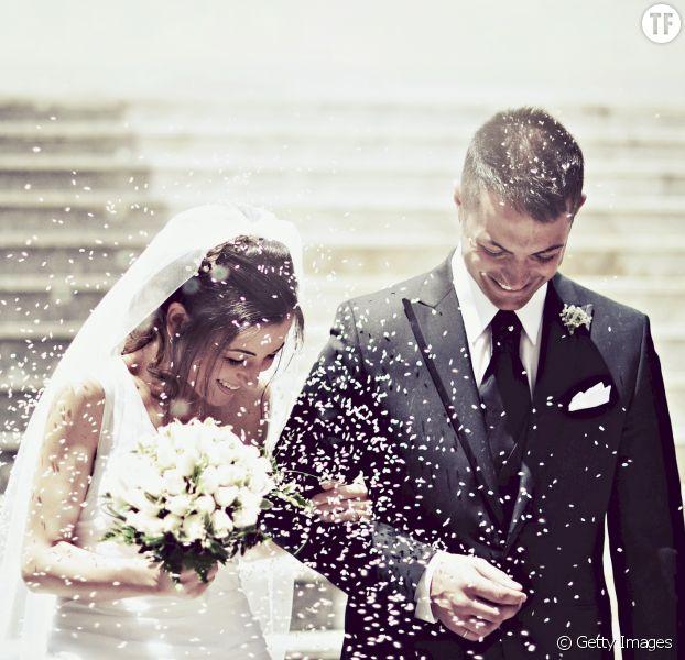 Vous ne prenez pas le nom de votre mari ? Vous l'émasculez (symboliquement)