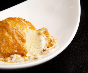 Crème glacée croustillante : la recette qui cartonne sur Youtube
