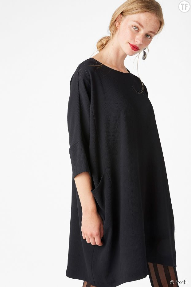 Robe noire oversize Monki