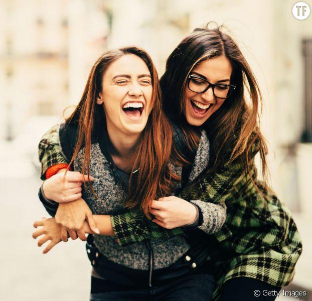 Photo d'illustration de deux meilleures amies.