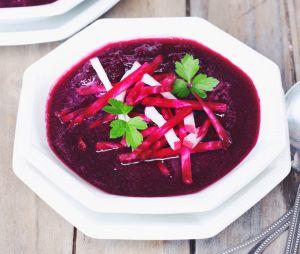 La délicieuse recette de la soupe détox aux betteraves