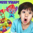 Le petit Ryan, 6 ans, possède déjà sa propre chaîne Youtube : et c'est une véritable star !