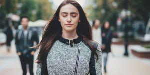 3 exercices de sophrologie pour se remotiver après les vacances