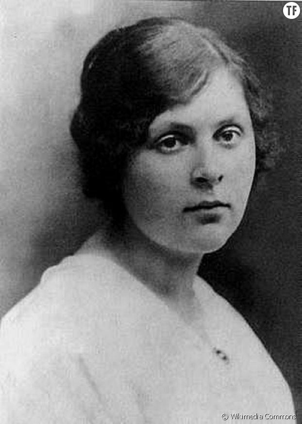 """Elsa Triolet, pour qui Louis Aragon a écrit le poème """"Les Mains d'Elsa"""""""