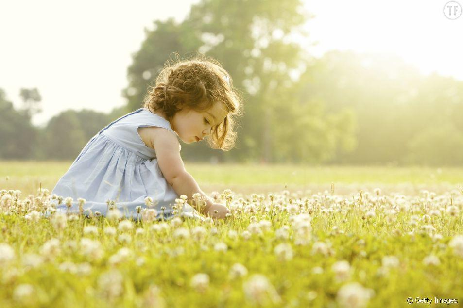10 prénoms pour petites filles inspirés par la poésie