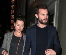 Jamie Dornan : sortie romantique à Soho avec sa femme Amelia Warner (photo)