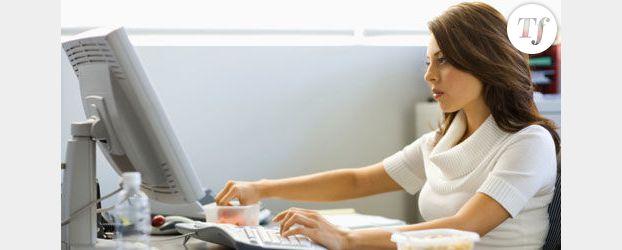 Cancer : rester assis trop longtemps augmente les risques
