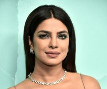 """La couverture de """"Vogue"""" avec Priyanka Chopra accusée de sexisme"""