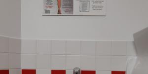 Le fast-food Five Guys épinglé pour des affiches sexistes dans ses toilettes