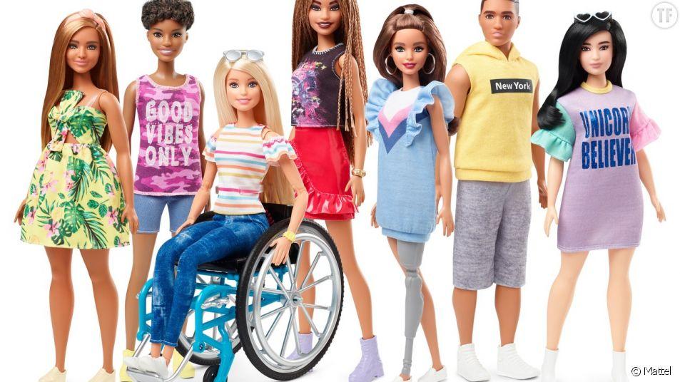 Barbie agrandit sa ligne inclusive avec une poupée en fauteuil roulant et munie d'une jambe prothétique