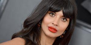 """""""Être une femme est vraiment effrayant"""" : Jameela Jamil raconte son agression"""