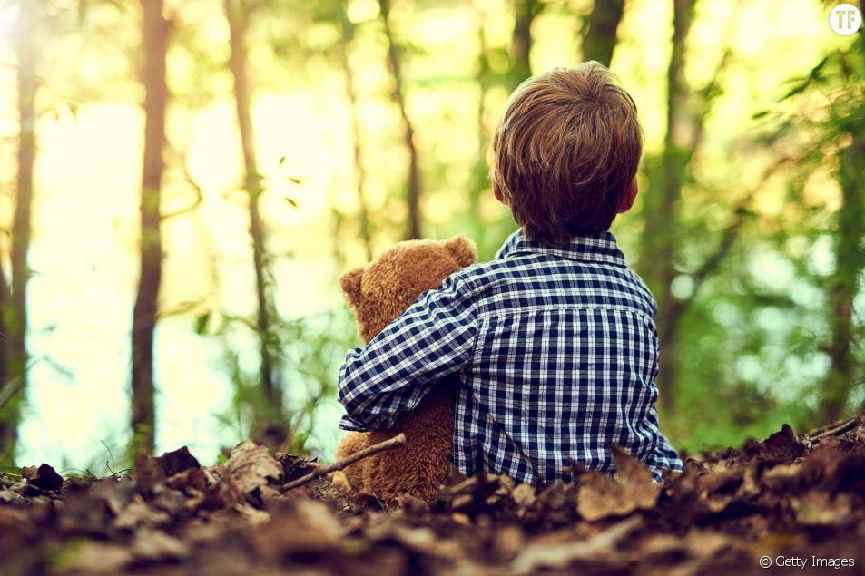 Abandonner ses enfants en pleine forêt, une méthode d'éducation ? Getty Images.