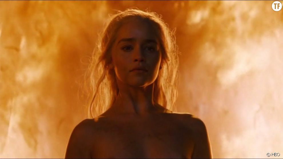 Emilia Clarke nue dans Game of Thrones