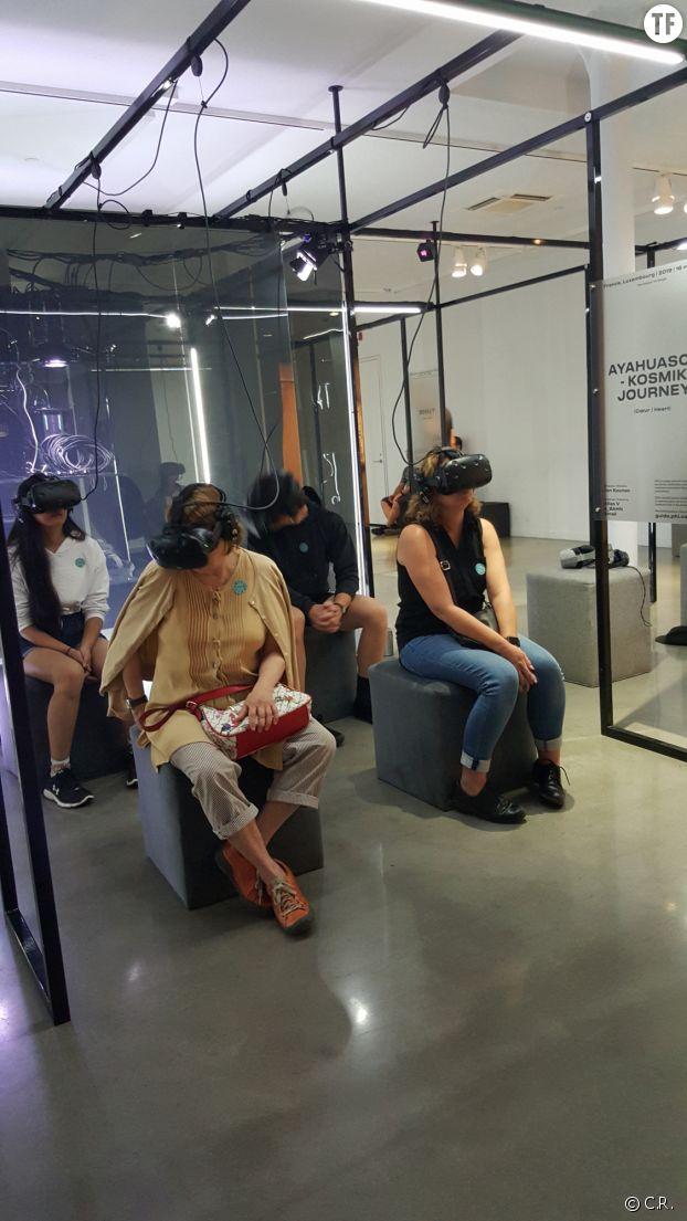 L'exposition HUM(AI)N, oeuvres de réalité virtuelle et d'intelligence artificielle au Centre Phi en août 2019