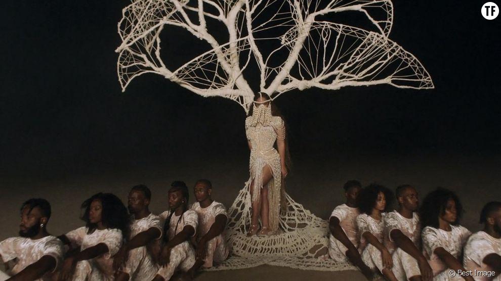 L'album visuel de Beyoncé : déjà culte ou raté ?