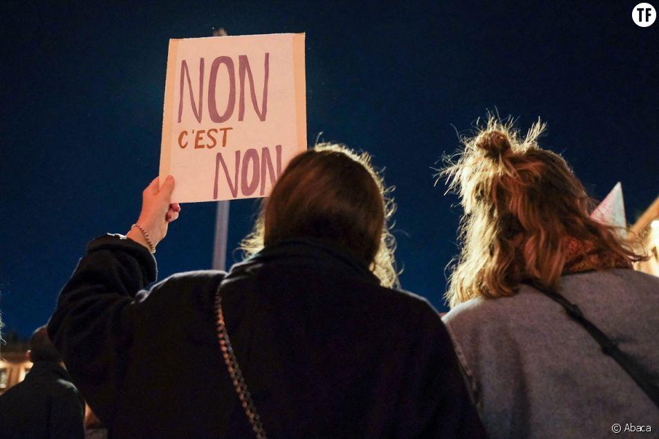 Des manifestantes se rassemblent à Toulouse, le 25 novembre 2020, lors d'une manifestation contre la violence patriarcale marquant la Journée internationale pour l'élimination de la violence à l'égard des femmes.