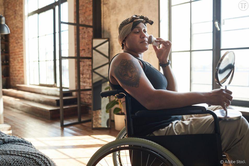 Une collection pour les femmes en fauteuil roulant présentée à la London Fashion Week