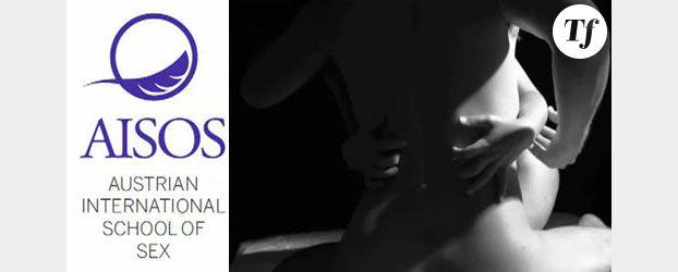 Sexe : Une école pour apprendre les bonnes caresses (Vidéo)