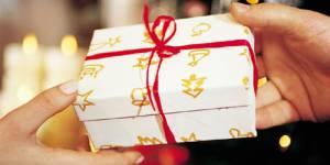 Noël : les Français feront des cadeaux utiles