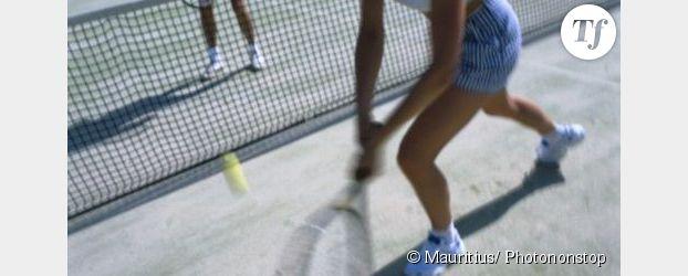 A Bordeaux, des cours de tennis pour les femmes des quartiers