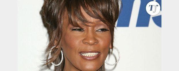 « Tout le monde veut prendre sa place » : Nagui se moque de Whitney Houston – Vidéo