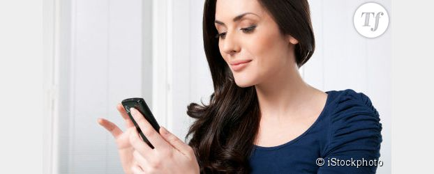 Les femmes sont plus attachées à leur smartphone qu'à leur petit ami