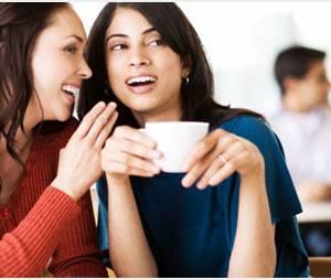 10 signes qui prouvent que votre collègue est enceinte