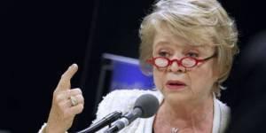 Eva Joly : un dernier meeting pour tenter de redresser la barre