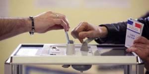 Présidentielle 2012 : les Français aux urnes pour le premier tour de l'élection