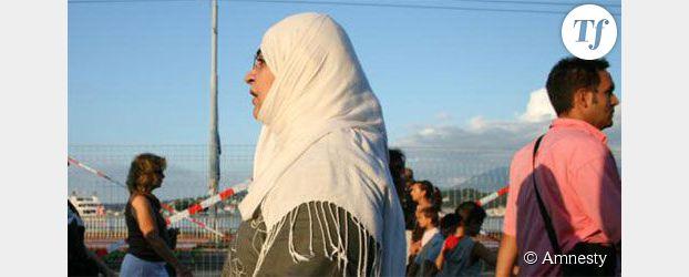 Les musulmans victimes de stéréotypes négatifs en Europe selon Amnesty