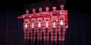 Crazy Horse : grève historique des danseuses