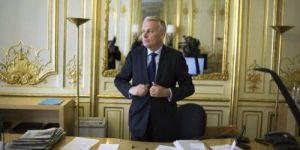 Jean-Marc Ayrault entame le dialogue social