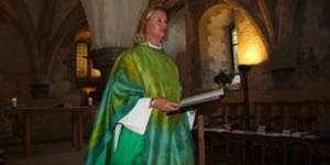 Egalité hommes-femmes : l'Eglise anglicane hésite à ordonner des femmes évêques