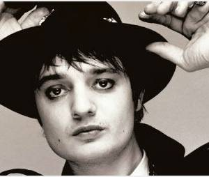 Pete Doherty : viré de cure et en couple