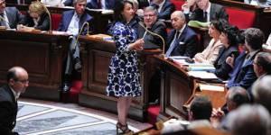 Cécile Duflot, la robe ou le jean, rien ne passe