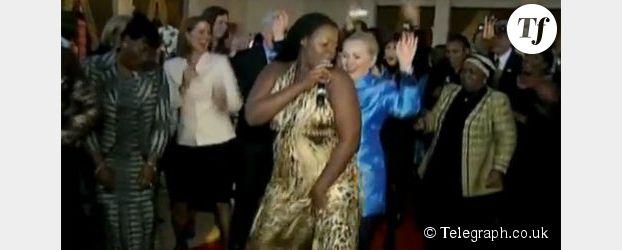 Hillary Clinton, personnalité la plus cool de l'équipe Obama (vidéo)
